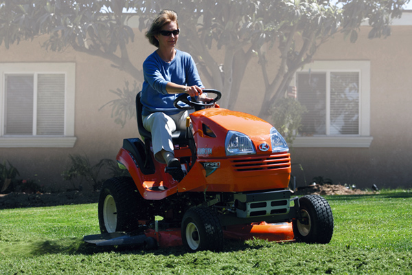 Kubota | Lawn & Garden Tractors | T Series for sale at Grower's Equipment, South Florida
