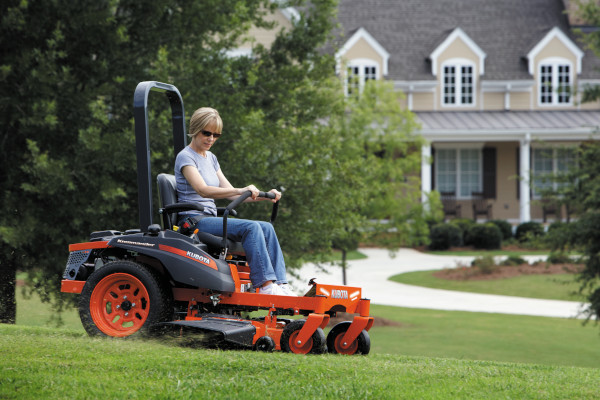 Kubota | Zero-Turn Mowers | Z100 Series - Kommander for sale at Grower's Equipment, South Florida