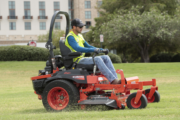 Kubota | Zero-Turn Mowers | Z700 EFI Series for sale at Grower's Equipment, South Florida
