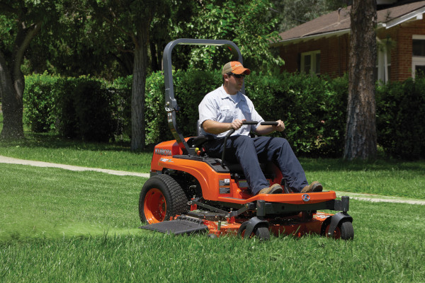 Kubota | Zero-Turn Mowers | ZG200 Series for sale at Grower's Equipment, South Florida