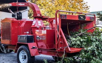 Tree Care / Chippers | Model EEGER BEEVER™ 1415 BRUSH CHIPPER for sale at Grower's Equipment, South Florida