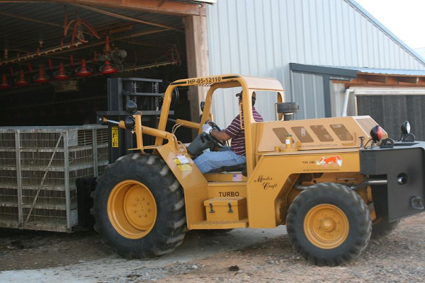 Master Craft | Rough Terrain Forklifts | The Fox Poultry Forklift for sale at Grower's Equipment, South Florida