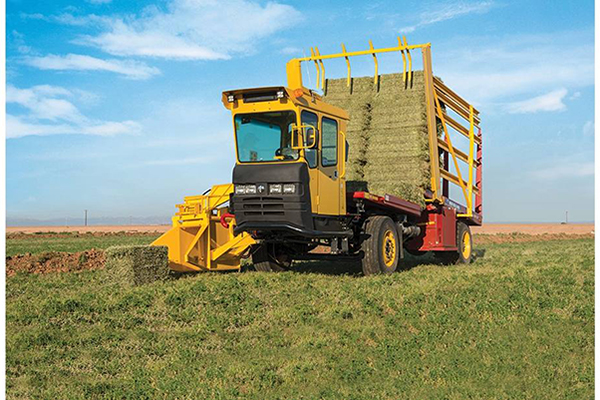 New Holland AG | Stackcruiser® Self-Propelled Bale Wagons | Model Stackcruiser® 103 for sale at Grower's Equipment, South Florida
